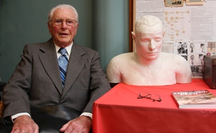 The creator of the unknown man's plaster bust, Paul Lawson, with his famous creation